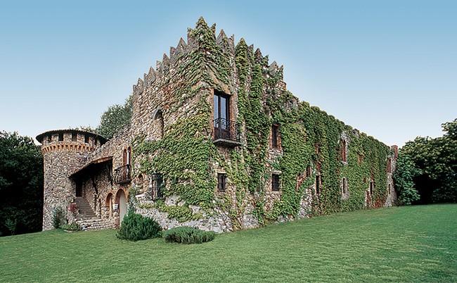 Castel Faglia - Monogram